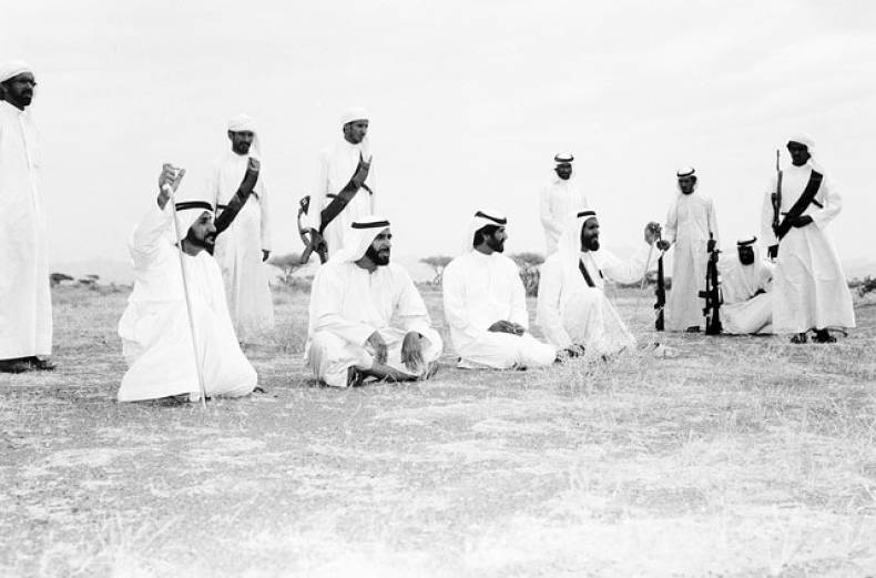 shaikh-zayed-during-a-visit-to-an-agricultural-project-in-al-ain