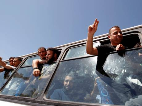 Freed Palestinians celebrate
