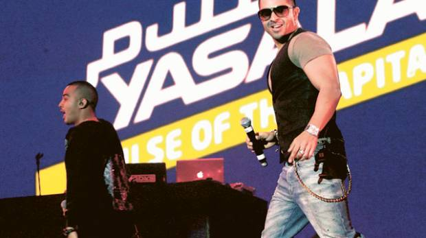 Jay Sean performs during the 'Beats on the Beach' event at the Abu Dhabi Corniche