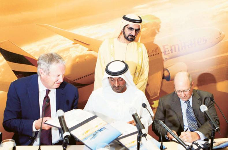 emirates-orders-50-boeing-planes-in-single-largest-deal