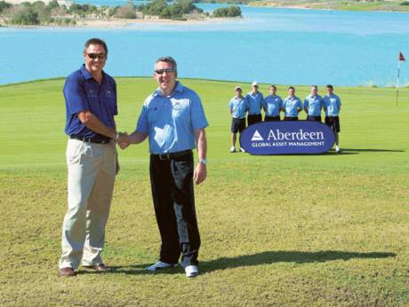 Ian Rae, Scotland coach, Chris Vallender, UAE coach, and the Scotland squad at Yas Links