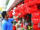 World prepares to celebrate Valentine's Day