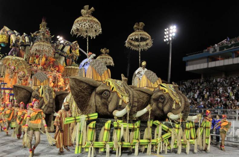 revellers-of-tucuruvi-samba-school-dance-during-the-opening-night-of-parades-at-the-sambadrome