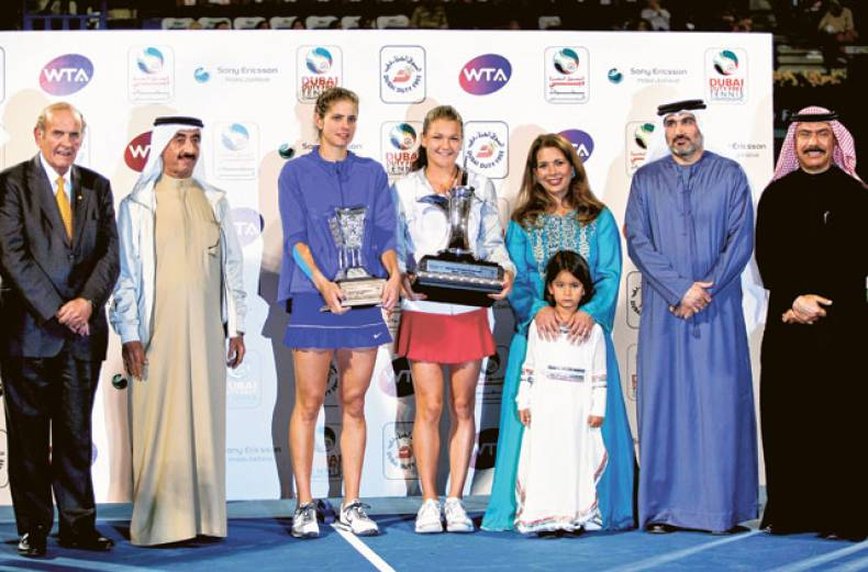 agnieszka-radwanska-and-julia-goerges-at-the-dubai-tennis-stadium