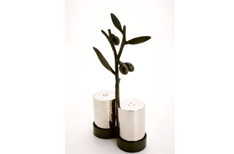 michael-aram-olive-branch-salt-and-pepper-set